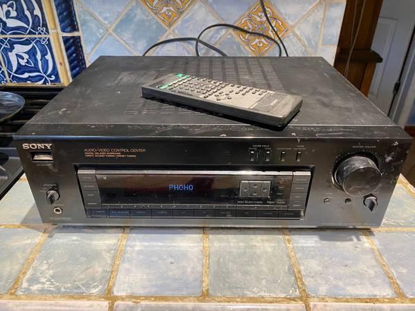 Photo Sony STR D17 Old School AmFM AudioVideo Stereo Receiver - $50 (Miami)