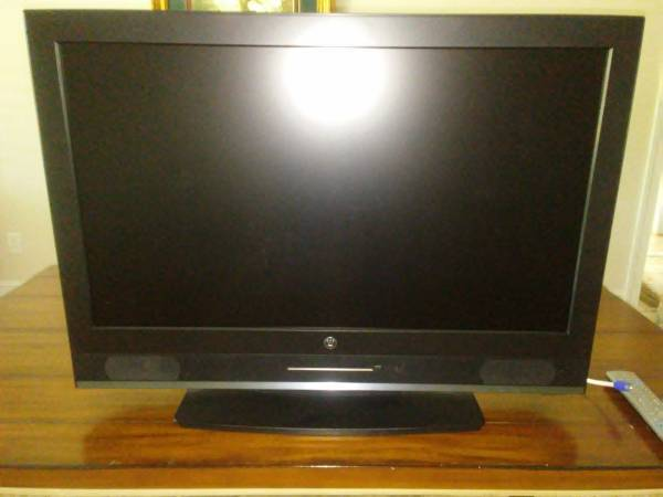 Photo Westinghouse 32-inch LCD HDTVDVD Combo - $100 (Pompano Beach)