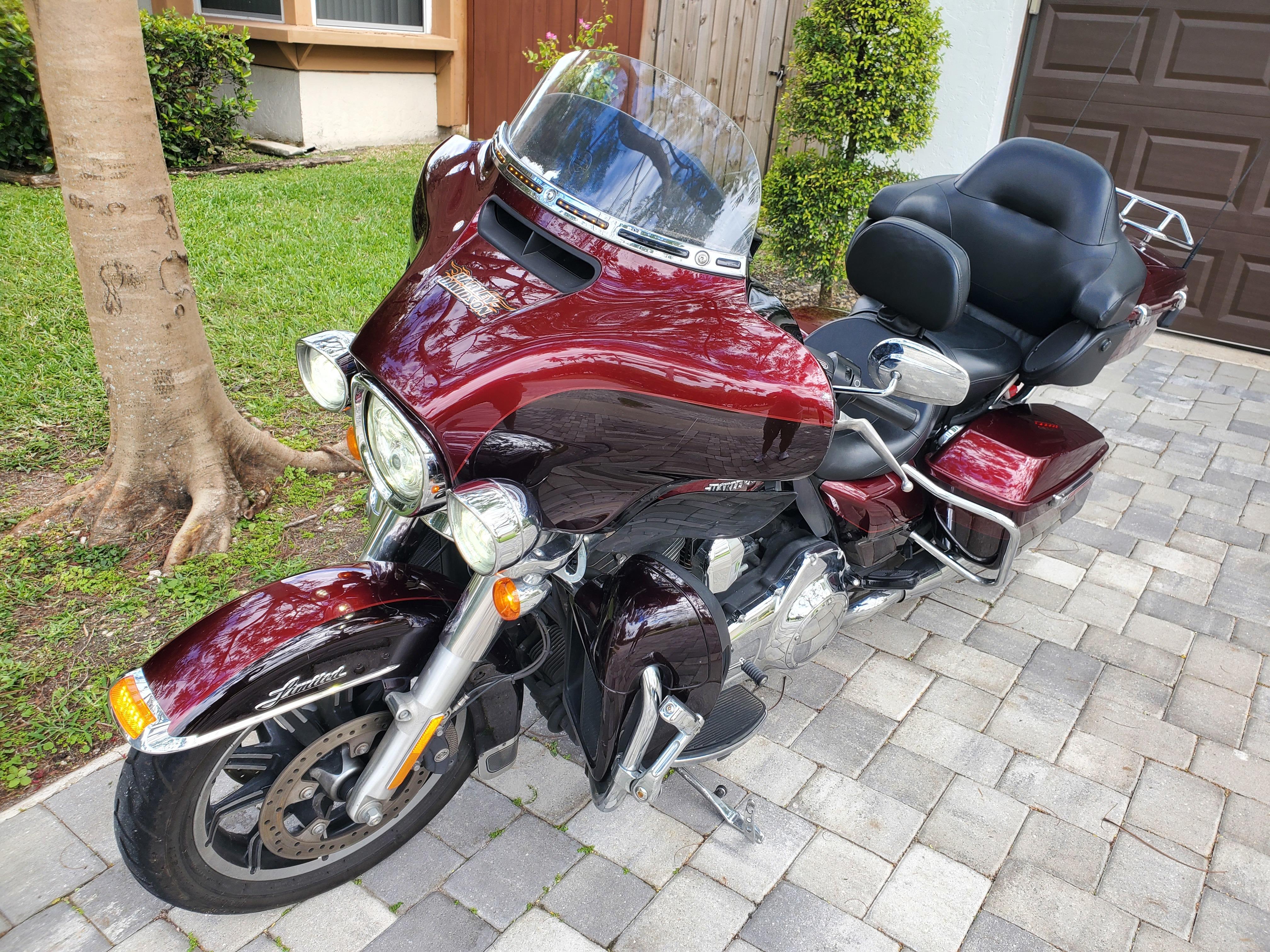 Photo 2015 Harley-Davidson ELECTRA GLIDE ULTRA LIMITED $276.58276.58