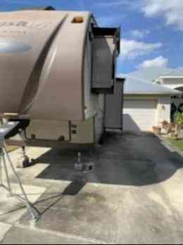 Photo Used 2014 Forest River Fifth Wheel RV  $19000