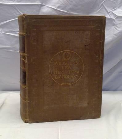Photo 1927 Webster39s New International Dictionary - $50 (HartfordErin)