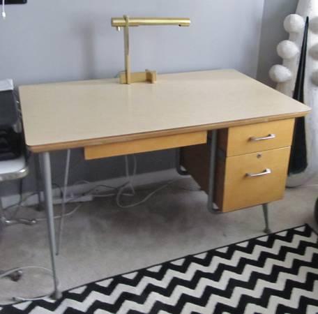 Photo 1950s Raymond Loewy Desk for Brunswick Rare MCM Vintage - $275 (Milwaukee)