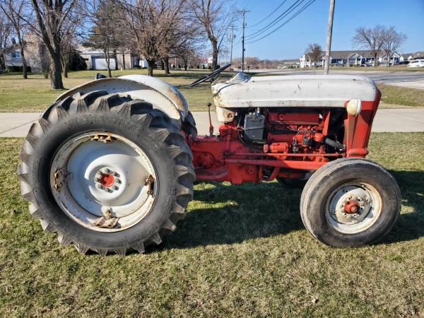 Photo 1960 ford 861 powermaster - $2,850