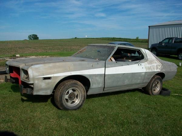 Photo 1974 Ford Gran Torino Starsky  Hutch - $2900 (Mayville, WI)