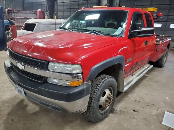 Photo 2002 chevy silverado tow truck - $7500 (Ocononowoc)