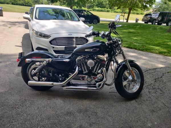 Photo 2011 Harley Sportster 1200 - $6,000 (Waukesha)