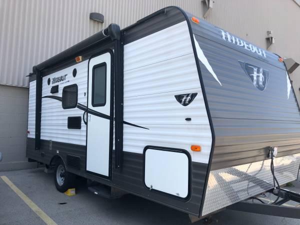 Photo 2015 Keystone Hideout 1739 travel trailer - $15,000 (Shorewood)