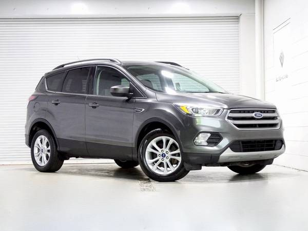 Photo 2017 Ford Escape SE Bad Credit, No Credit NO PROBLEM - $12,900 (2017 Ford Escape SE Bad Credit, No Cred)
