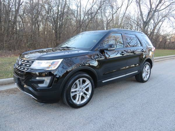 Photo 2017 Ford Explorer XLT 4WD-NAV Blind Spot Dual Moonroof 20s LOOK - $25,977 (www.ezmotorcars.com for a free carfax report)