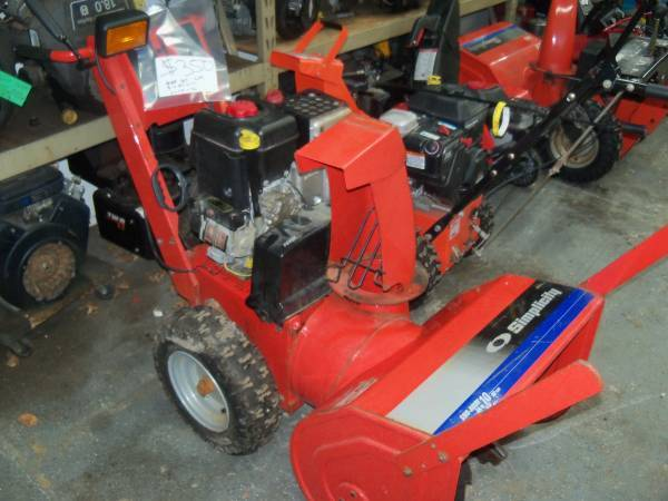 Photo 3 Nice Used Two Stage Snow Blowers Tuned Electric Start Up Ready for S - $350 (Big Bend)
