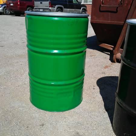 Photo 55 GALLON STEEL DRUMS - $45 (Milwaukee)