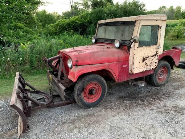 Photo BARN FIND 1959 Willys Jeep w plow and Koenig cab - $3,900 (Cedarburg)