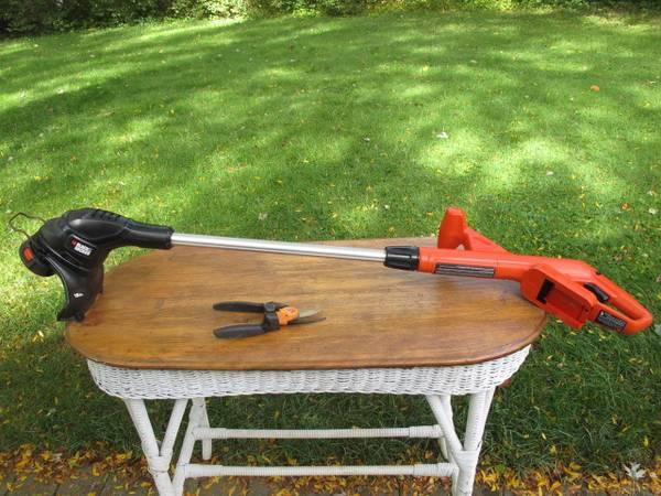 Photo Black and Decker Tool Only Cordless 18V Trimmer Plus Fiskars P552 Hand - $10 (Waukesha)