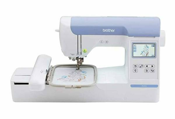Photo Brother PE800 EMBROIDERY MACHINE - $450