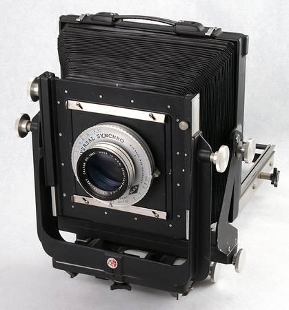 Photo Calumet 8X10 View Camera 3 Backs, Lens, Holders, Case - $1350 (Hales Corners)