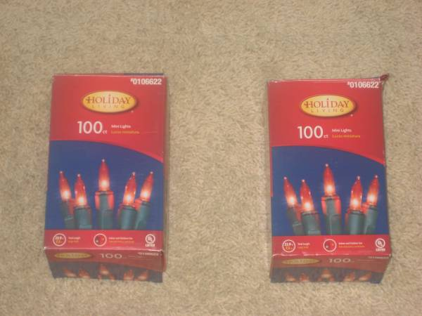 Photo Christmas Lights 100ct Red mini lights - 2 available - $3 (oak creek)