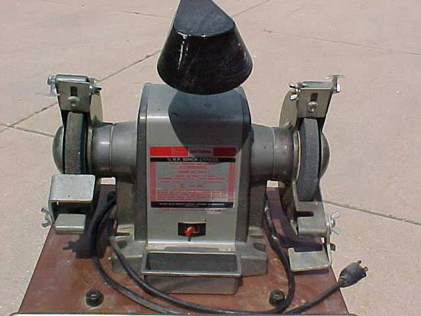 Photo Craftsman Bench Grinder 13 HP 6 quot - $20 (Oak Creek)