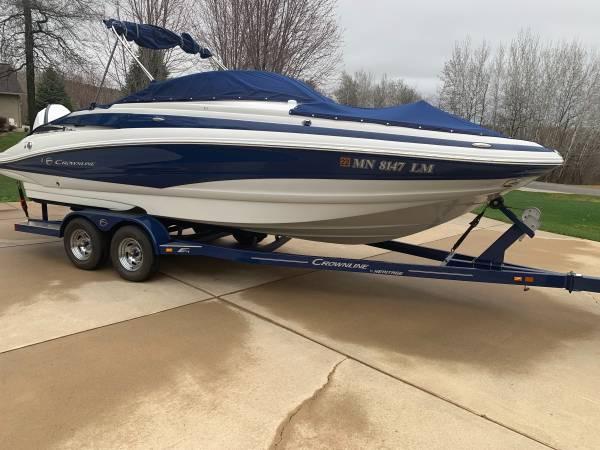 Photo Crownline E4 XS 24 ft. Open Bow Deck Boat - $67,500 (Saint Augusta, MN)