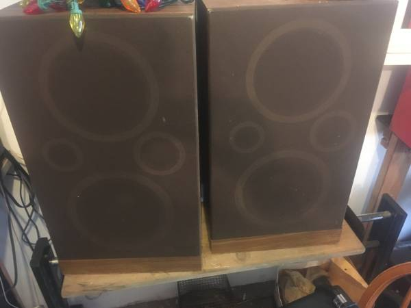 Photo Fisher speakers Crate  - $50 (South side Airport)