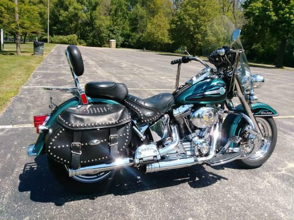 Photo Harley Davidson 2002 Heritage Softtail - $4,700 (Germantown)