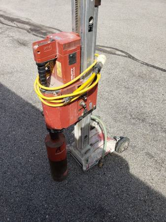 Photo Hilti DD250E core drill - $2250 (Waukesha)
