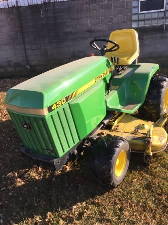 Photo John Deere 430 lawn mower - $3800 (Waupun)