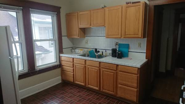 Photo Looking for a subletter in 5-person apartment near UWM cus (Milwaukee)
