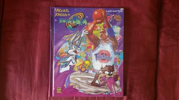 Photo Michael Jordan in SPACE JAM Movie vintage kids book - $5 (hartford)