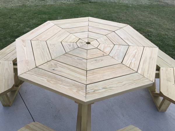 Photo Octagon picnic table - $999 (Oconomowoc)