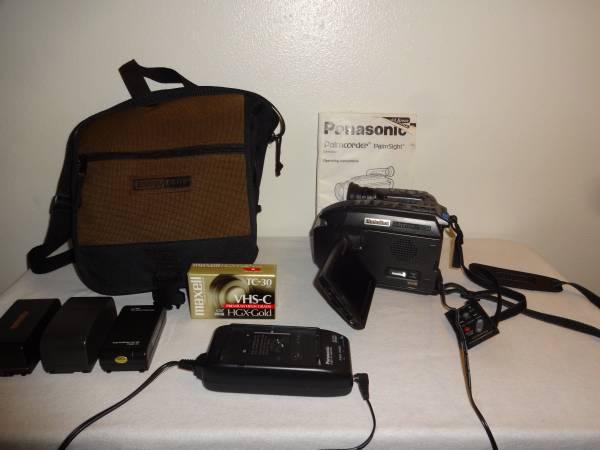 Photo Panasonic VHS-C Palmcorder - Camcorder - $65 (WEST BEND)