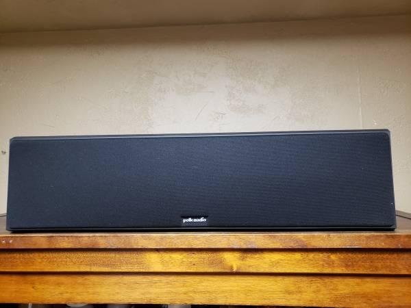 Photo Polk Audio CS350-LS Speaker Center Channel Black - $175 (Brookfield, Wisconsin)