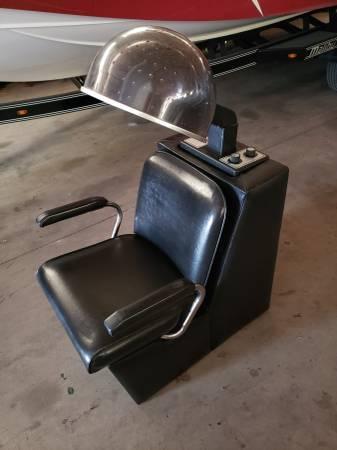 Photo Salon chair style hair dryers - $100 (Pewaukee)