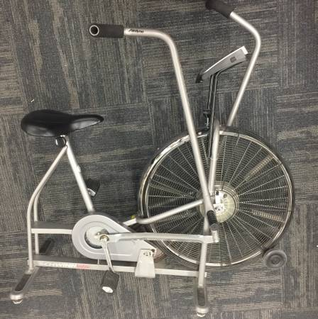 Photo Schwinn AIRDYNE Stationary Exercise stationary exercise bike bicycle - $125 (Milwaukee)