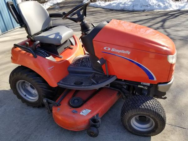 Photo Simplicity Legacy 25 HP with 60quot Deck - $2,100 (Union Grove)