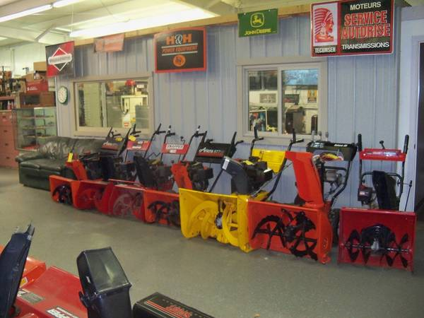 Photo Snow Blowers  Lawn Tractor Tune Ups  Affordable Quality Service Work - $50