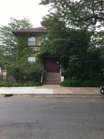 Photo $145  3br -3 BATH-TURNKEY MANSION-FULLY FURNISHED fresh remodel ((NORTHEASTs best part of town WAY CHEAPER THAN HOTEL-SLEEPS))