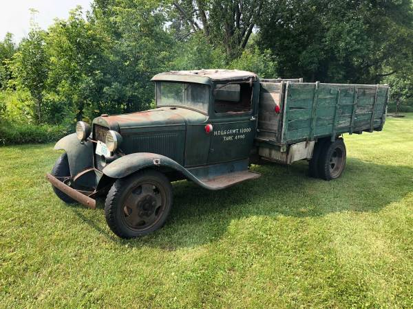 Photo 1930 Ford Model AA Truck Vintage - $4,500 (CHANHASSEN)