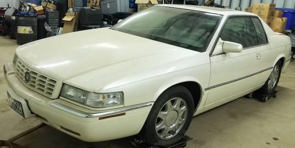 Photo 1997 Cadillac Eldorado V8 wSunroof- No Rust - Parts Only - $795 (North Branch)
