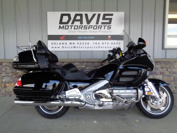 Photo 2006 HONDA GOLD WING, 1 OWNER, LOCAL TRADE, NEW TIRES, BATTERY, SAVE - $7,795 (DAVIS MOTORSPORTS OF DELANO)