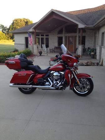 Photo 2014 Harley Davidson Ultra Classic - $13,200 (Kasson)