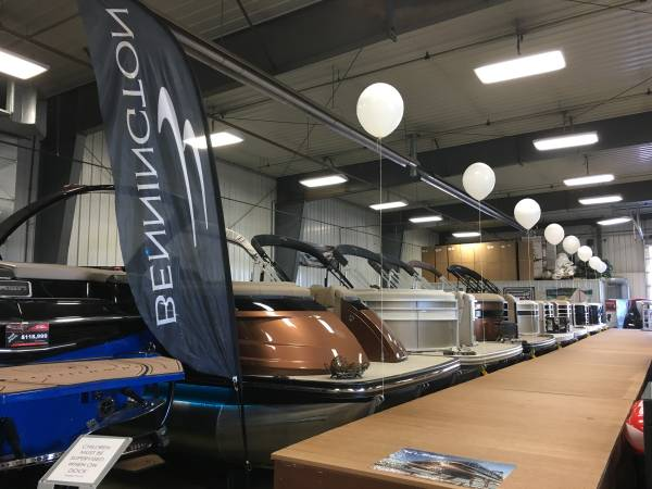 Photo 2019 Bennington Pontoon and Tritoon Super Clearance Event - $20571 (Red Wing)