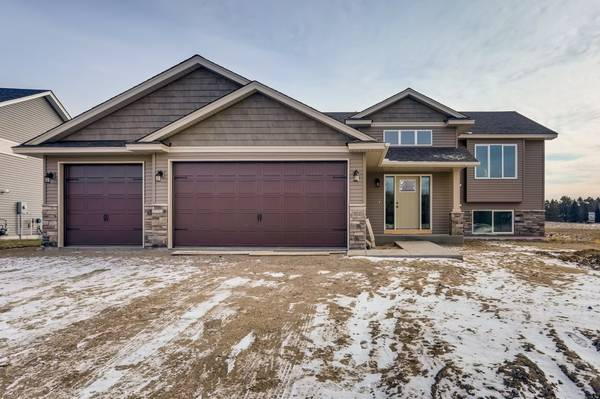 Photo Brand new home for sale in East Bethel (East Bethel)