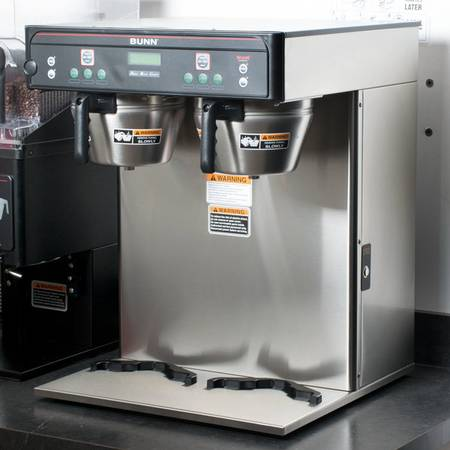 Photo Bunn double head commercial coffee brewer - $1,200 (Brooklyn Parkn)
