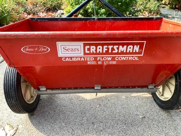 Photo Craftsman 21 Drop Spreader - $20 (Maple Grove)
