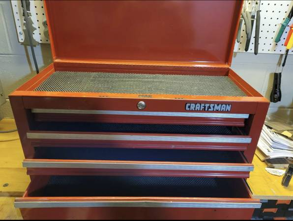 Photo Craftsman Drawer Top Tool Chest - $50 (Maple grove)