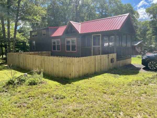 Photo Custom Built Cypress Creek Park Model - $64,000 (Webb Lake)