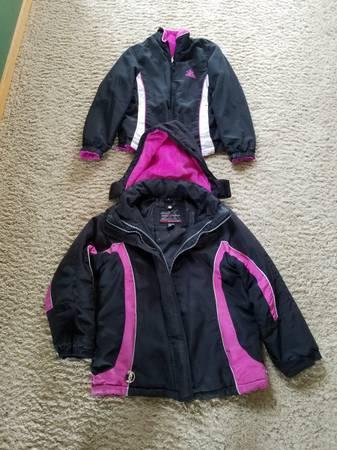 Photo Girls winter coats size 1012 - $5 (Shakopee)
