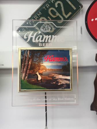 Photo Hamms sign Vintage  Collectibles Store Model kits (N. St. Paul)