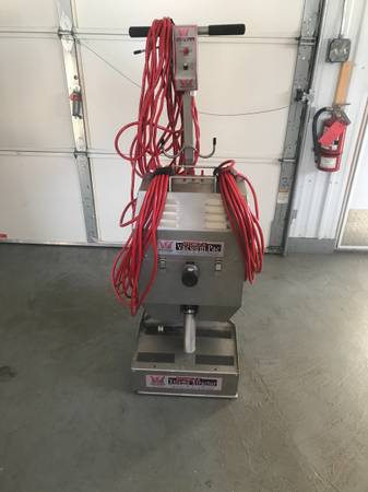 Photo Hydro - X Xtreme Xtractor X Vacuum Pac - $3,650 (Red Wing)