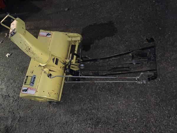 Photo John Deere 38 Snowblower Attachment-Fits LX,GT - $525 (Bloomington)
